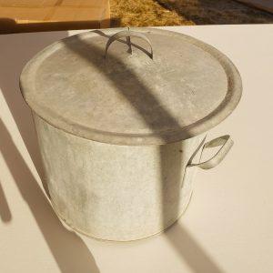 Tinnkasserolle 2 stk 1 stk lokk